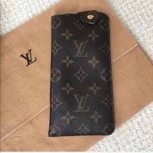 Authentic Louis Vuitton Monogram Sunglass Case